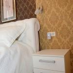 мебели за спалня в бяло